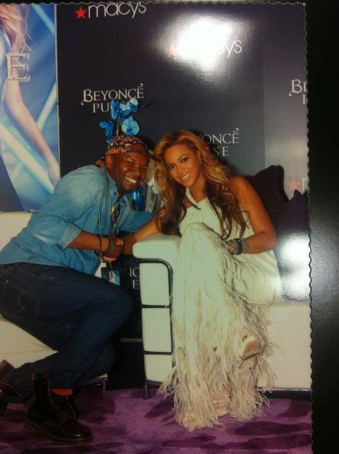Beyoncé > Fragancias 'Heat'/'Pulse'/'Rise' (#1 Selling Celebrity Fragrance Line) - Página 4 X2_8680b2c